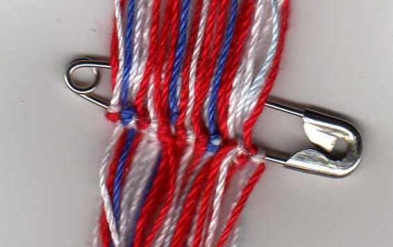 *Astuces pour commencer un bracelet sans bosses* Img04310