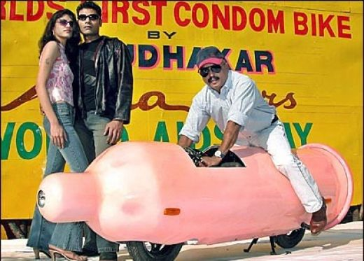 No limit à l'imagination pour les motos, Humour of course! - Page 5 41260410