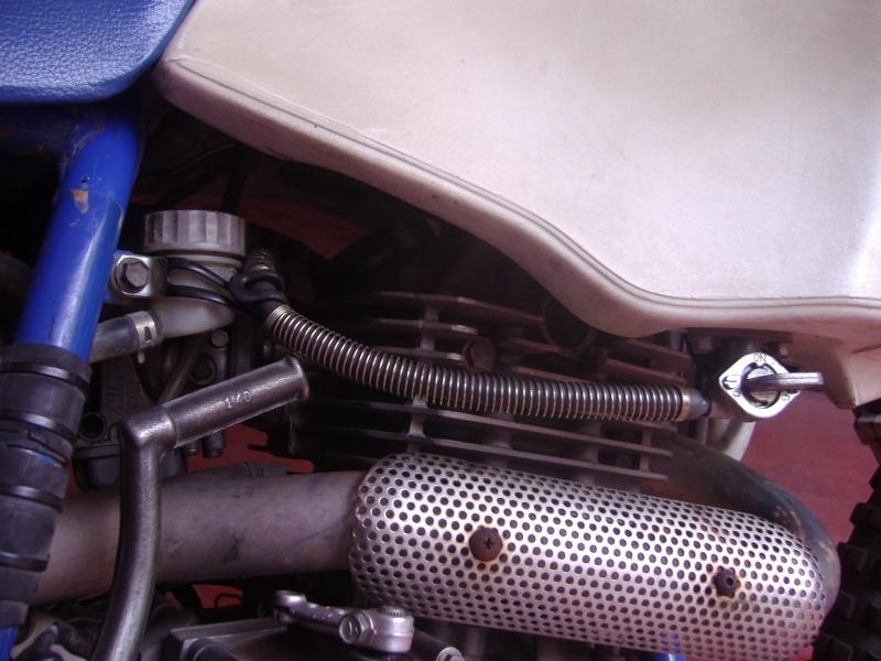 passaggio tubi benzina serbatoio acerbis P5290013