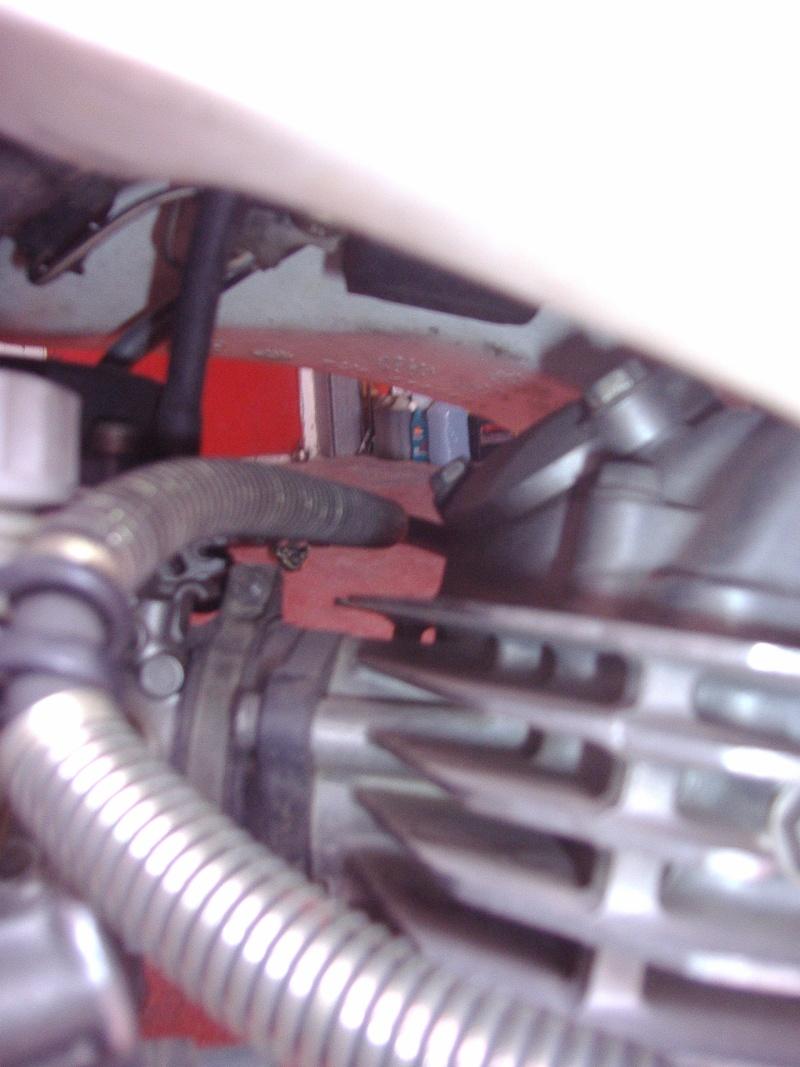 passaggio tubi benzina serbatoio acerbis P5290015