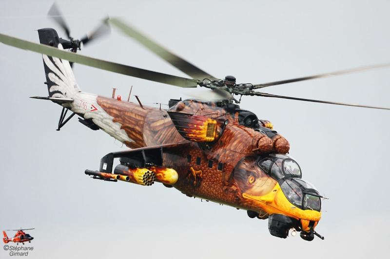 Hélicoptères de combats - Page 4 Sgkk1010