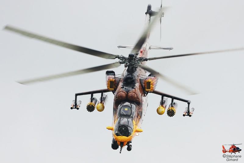 Hélicoptères de combats - Page 4 Sgkk1012