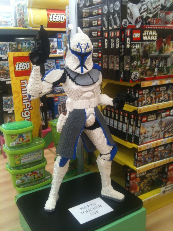 Les créations LEGO sur le NET Rex_le10