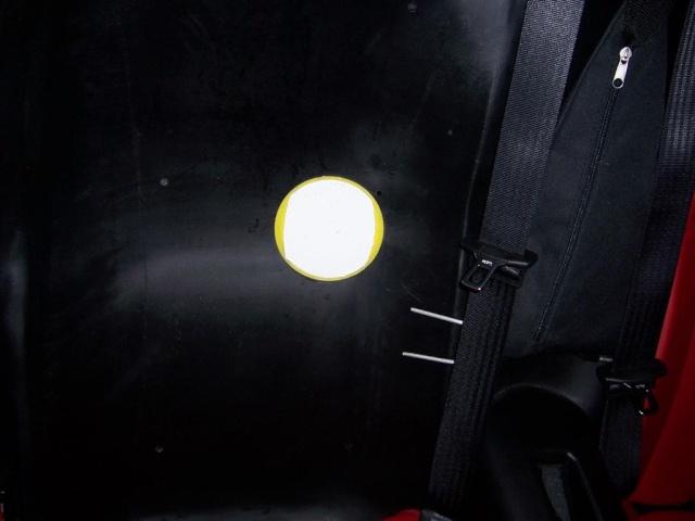 Trappe d'acces au filtre à huile 100_2040