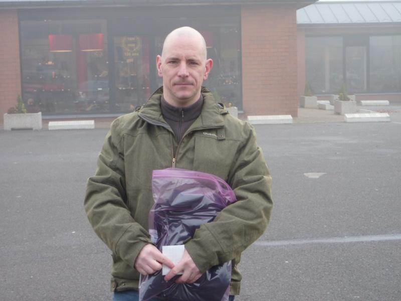 Remise des polos/casquettes à Liège en novembre Eric_s10
