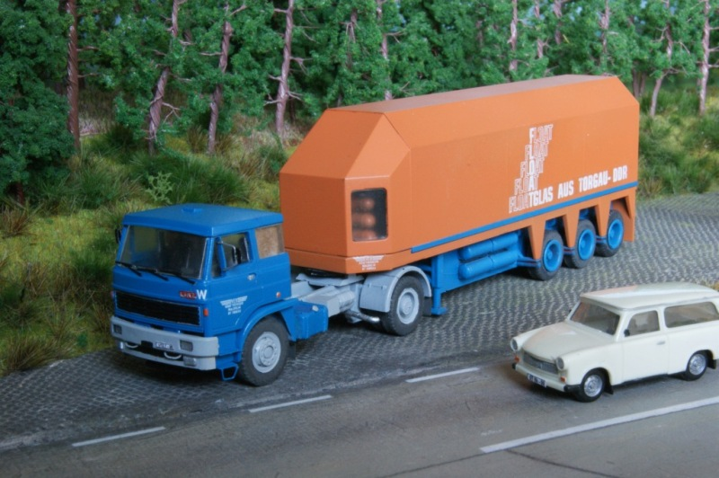 """LIAZ mit Langendorf-Auflieger """"Floatglas Torgau"""" Dsc03810"""