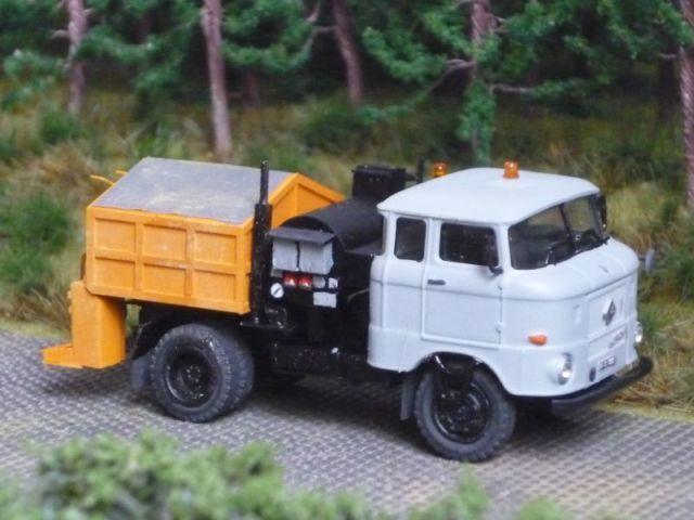 W50 Straßenunterhaltungsfahrzeug Fo-0310