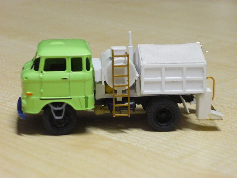 W50 Straßenunterhaltungsfahrzeug Fo-p1110