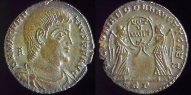 Identification pièce antiquité ? 5b38f910