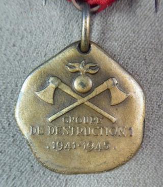 Anciennes médailles suisses 39-45 Captur65