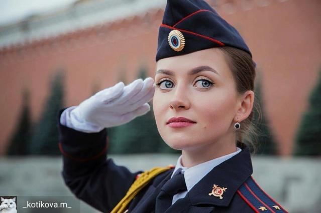 Casquette général russe ? Dzdwyb10