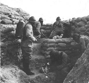 Bombonne de gaz datée 1916 Ehu27w10