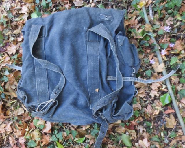 2 sacs à identifier.... Img_9919