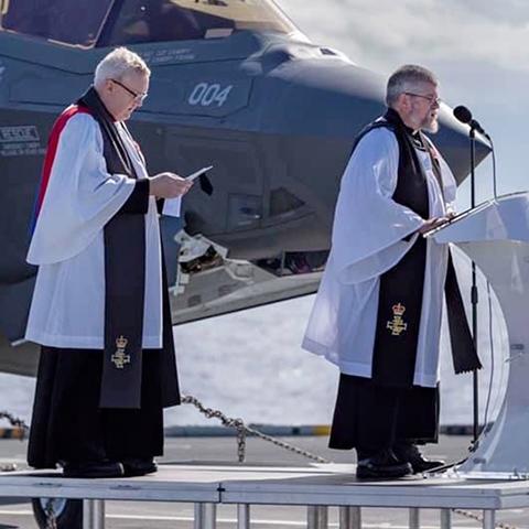 Echarpe (religieuse) RAF ww2 ?  Photo-11