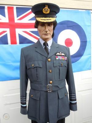 Service Dress Anglais période seconde guerre ? Raf-of10