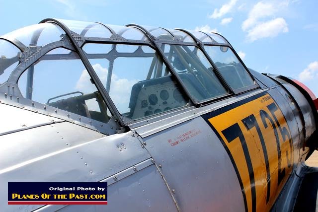 verriere avion inconnu T6-tex11