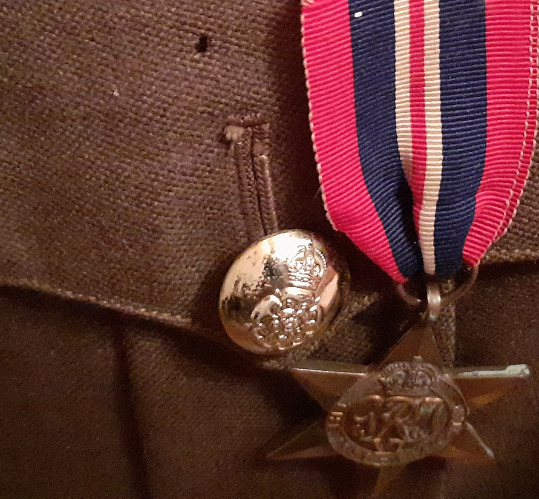 Service Dress Anglais période seconde guerre ? Unknow10