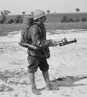 Bombonne de gaz datée 1916 Xx1010