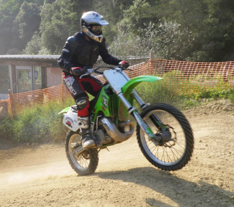 Vos plus belles photos de moto - Page 2 Monti_11