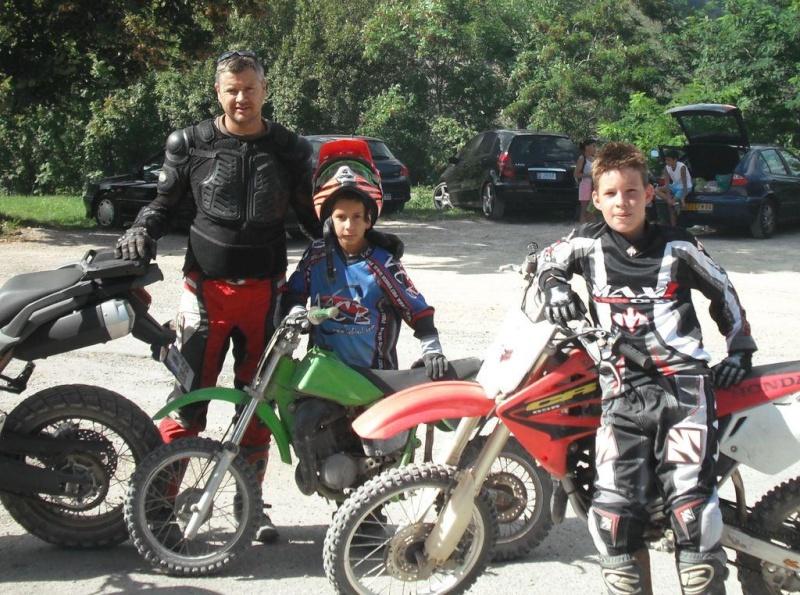Vos plus belles photos de moto - Page 3 Moto_210
