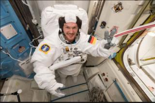 Alexander Gerst aus Astronautensicht - die Erde hat nur Plan A Alexan10