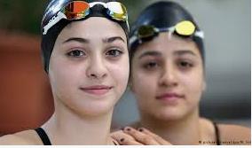 Yusra und Sarah Mardini - Lebens-Rettungs-Schwimmerinnen Yusra_11
