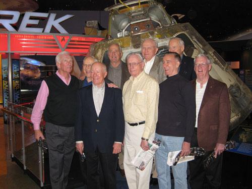 Photos rares et/ou originales, de préférence inédites sur le forum - Page 5 Apollo10