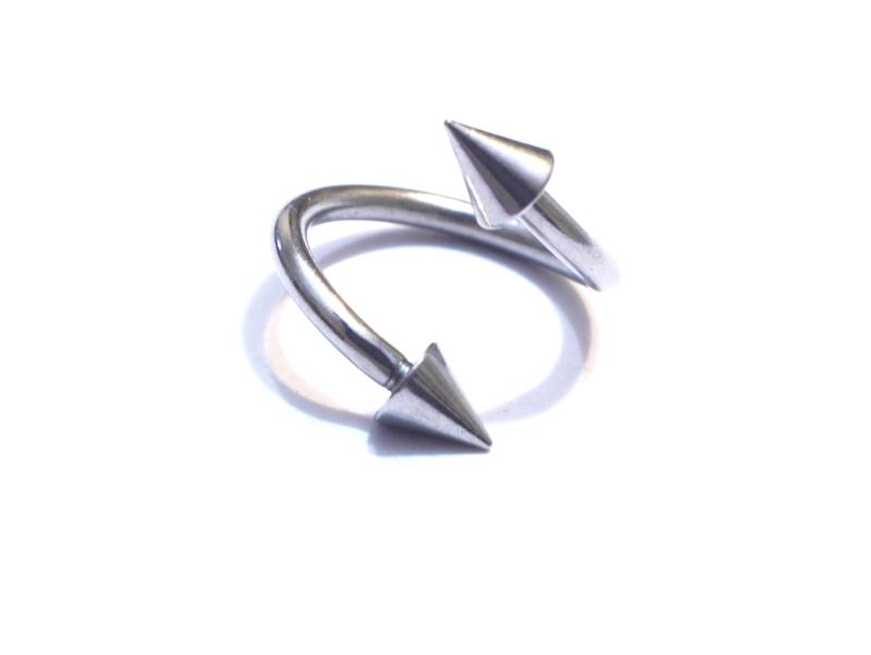 piercing A810
