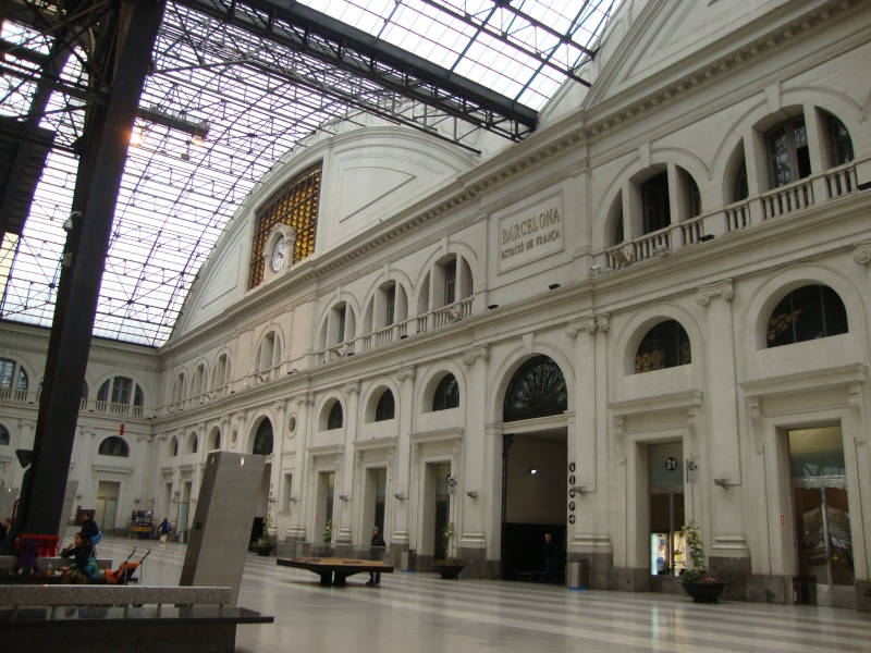 Gare de Barcelone (une des gares) Dsc00713