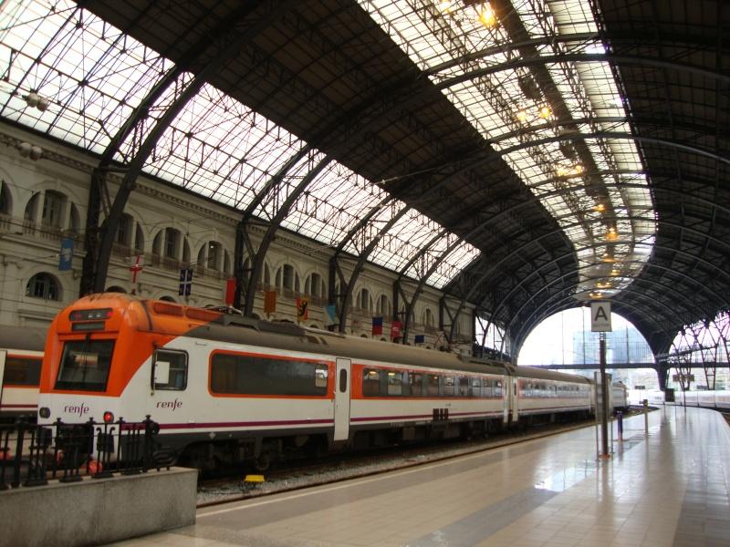 Gare de Barcelone (une des gares) Dsc00715