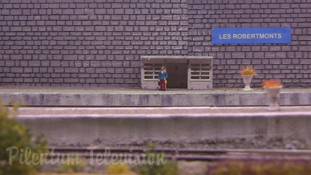 Les Robertmonts, Rue des Thermes 44571310