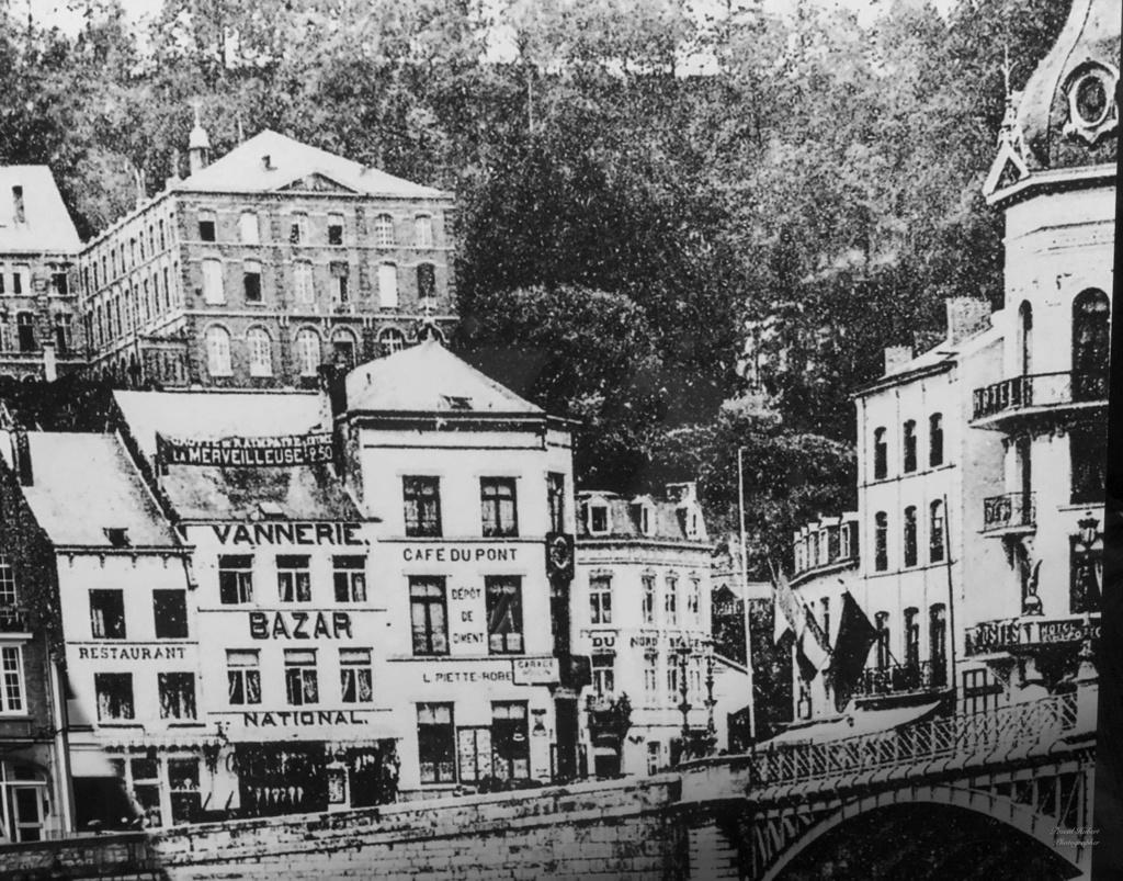 Les Robertmonts, Rue des Thermes - Page 8 Bazar_10