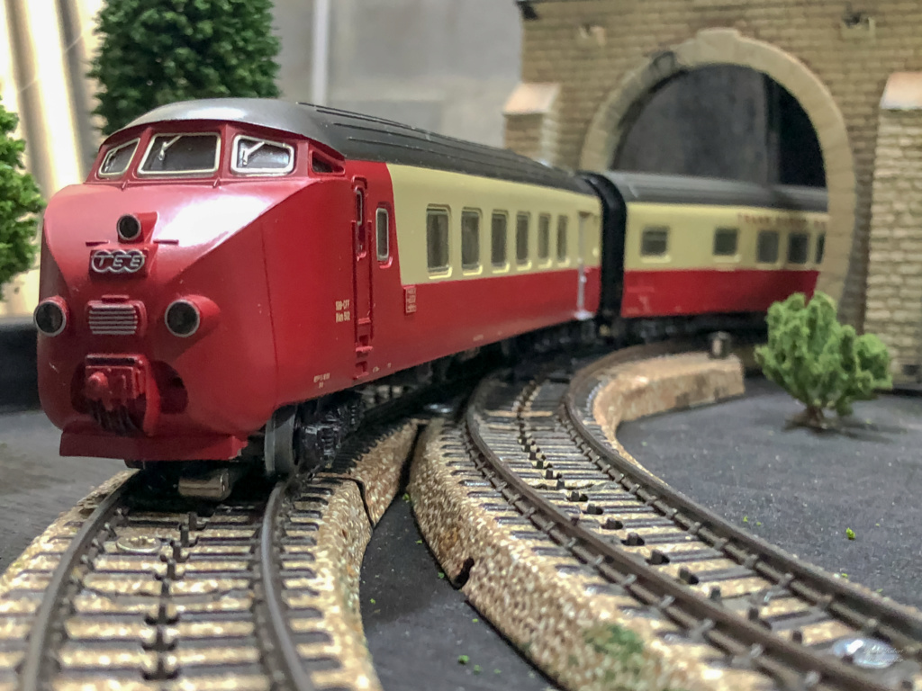 """Réseau type """"Just Train"""" pour vitrine - Page 2 Tee_3016"""