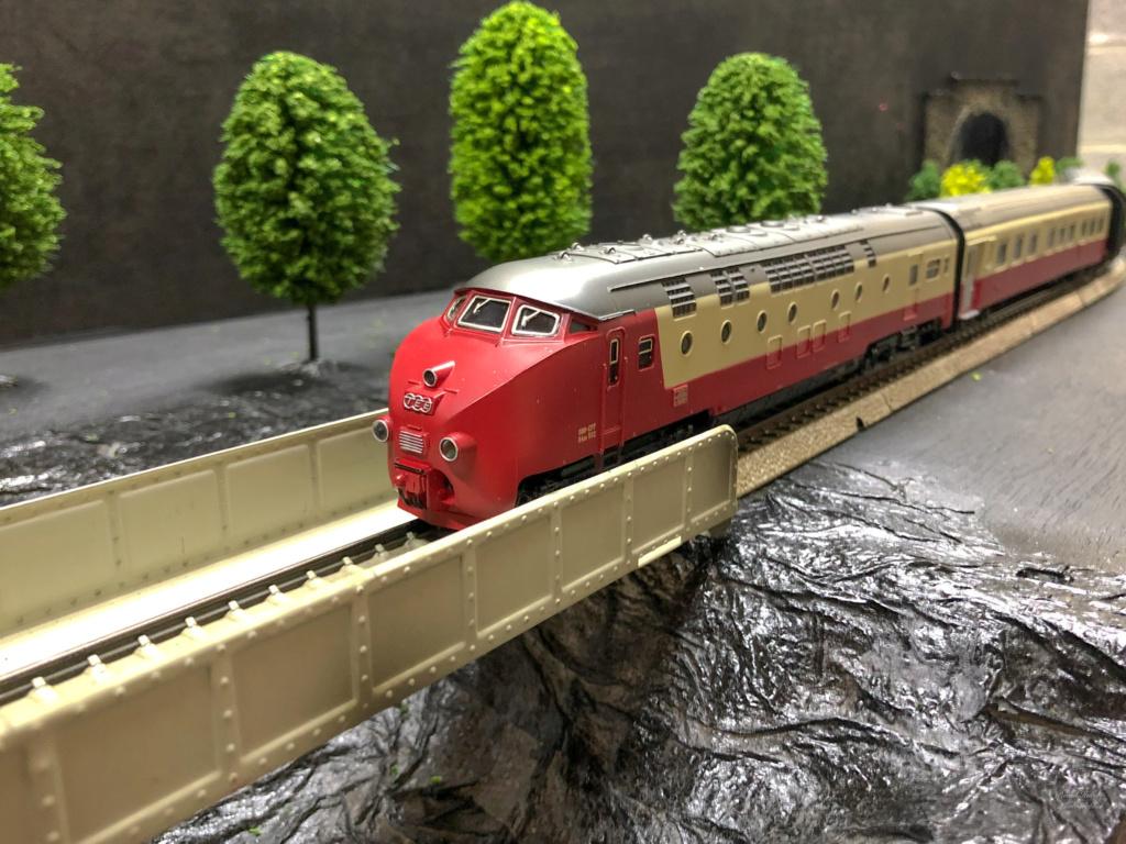 """Réseau type """"Just Train"""" pour vitrine - Page 2 Tee_3018"""