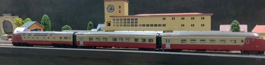 """Réseau type """"Just Train"""" pour vitrine - Page 2 Tee_3022"""