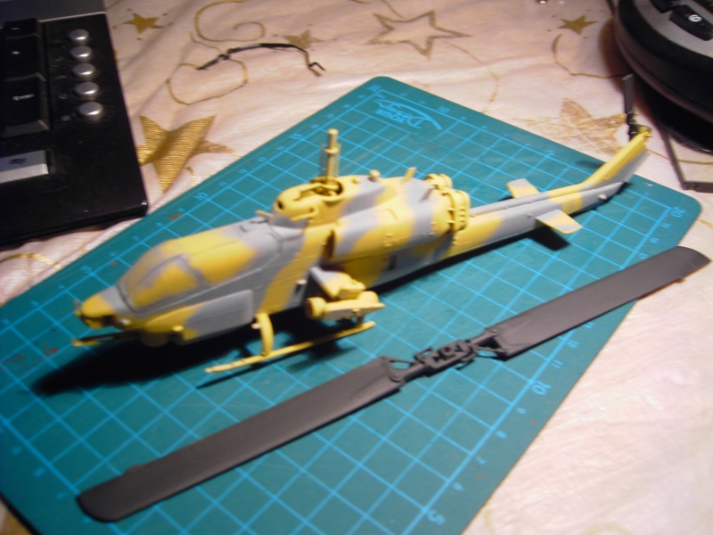 Super Cobra AH-1W 1-72 von Revell. Pict0325