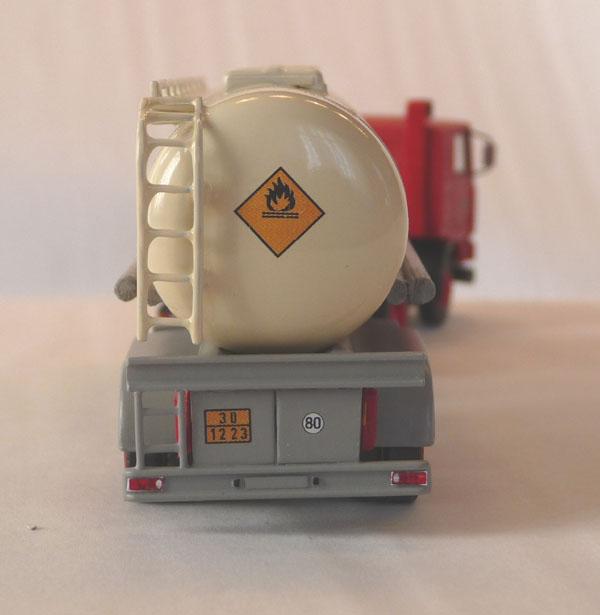 Fahrzeuge von verschieden Kraftverkehrs Betriebe - Seite 3 Leunas11
