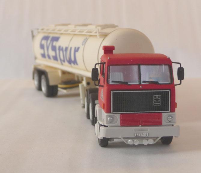 Fahrzeuge von verschieden Kraftverkehrs Betriebe - Seite 3 Volvo_11