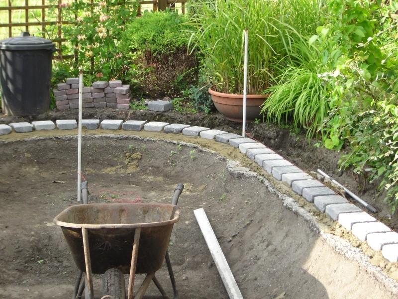 contruire un bassin  jardin Dsc03911