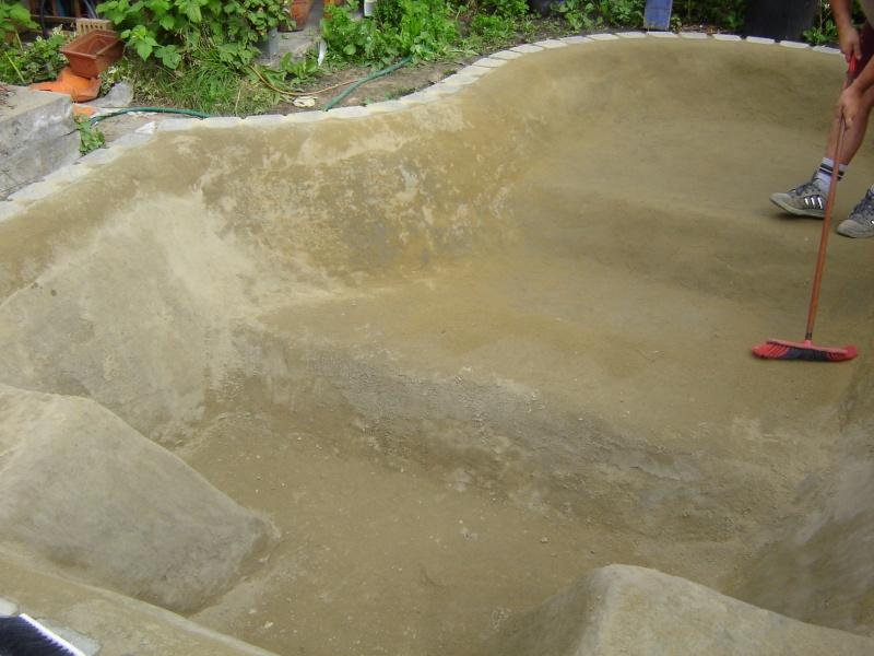 contruire un bassin  jardin Dsc03913