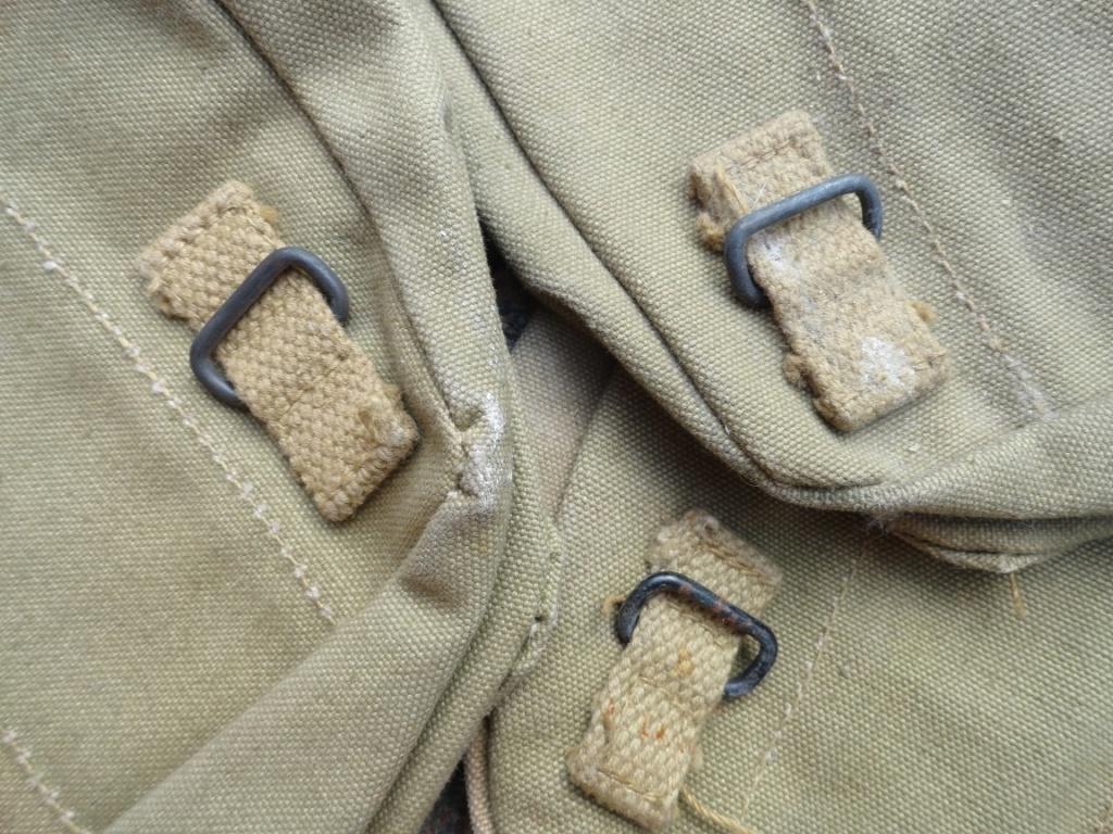 3 Pochettes à gamelle US Original..??? 0512