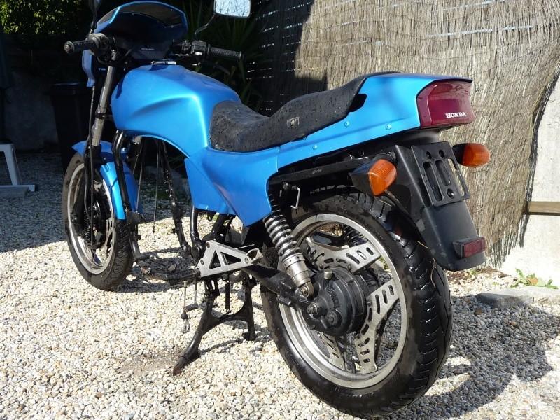Vend Honda 500 VTE sans moteur avec carte grise 200€ (vendu) P1020817