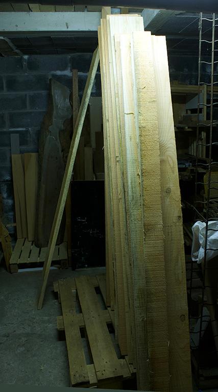 Comment transportez vous-même des planches lourdes à travers l'atelier? 30_des10
