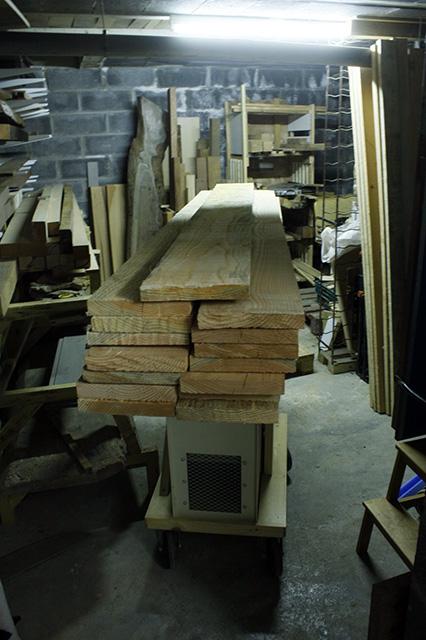 Comment transportez vous-même des planches lourdes à travers l'atelier? 31_tri10