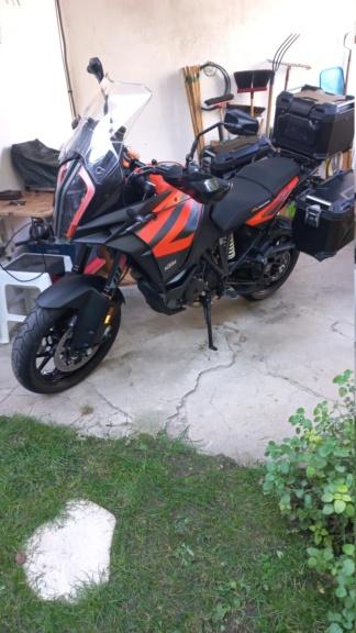 Passion: Motos et motards - Page 33 Img-2010