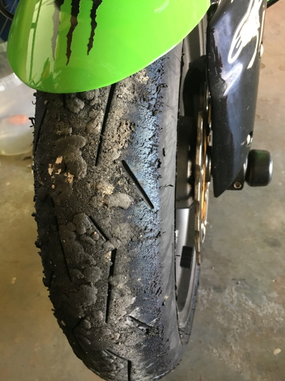 "A changer ou pas ""pneus"" Img_0213"
