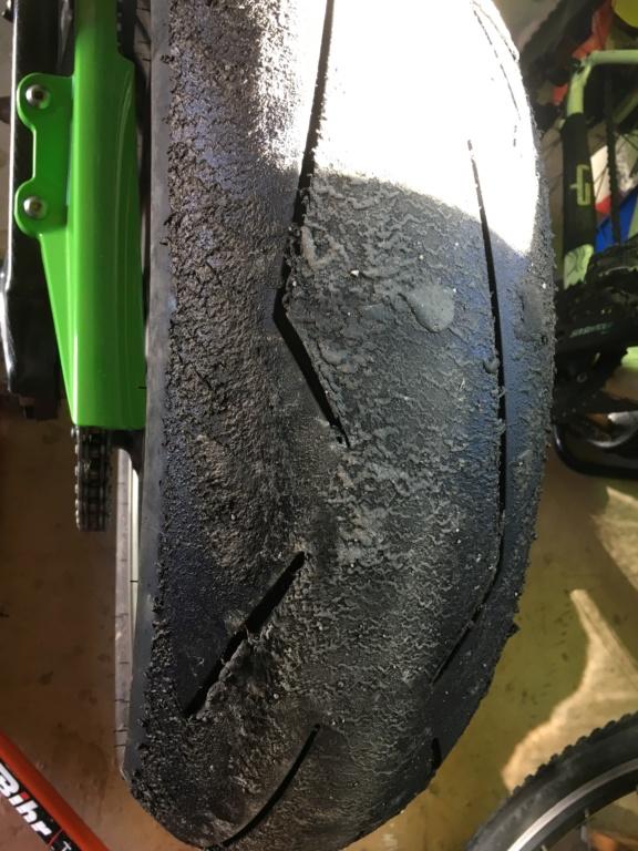 "A changer ou pas ""pneus"" Img_0215"