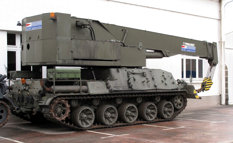 [Montage] AMX-30/105 Heller 1/35 1024px11