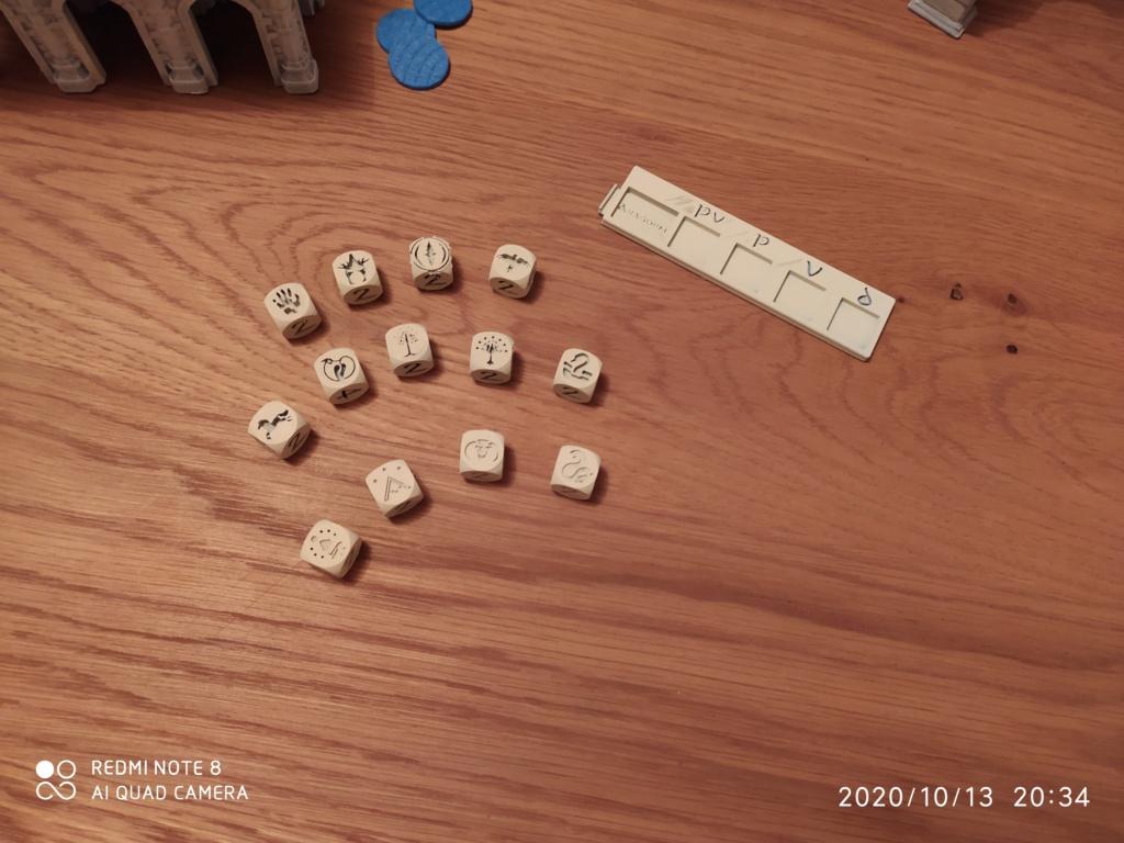 Dés personnalisés SDA - Hobbit - tables de pouvoir Img_2074