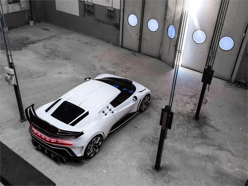 2019 - [Bugatti] Centodieci 7e047210